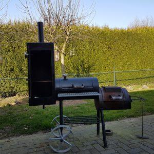 BBQ SMOKER DOETINCHEM GELDERLAND NA JAREN INTENSIEF GEBRUIK